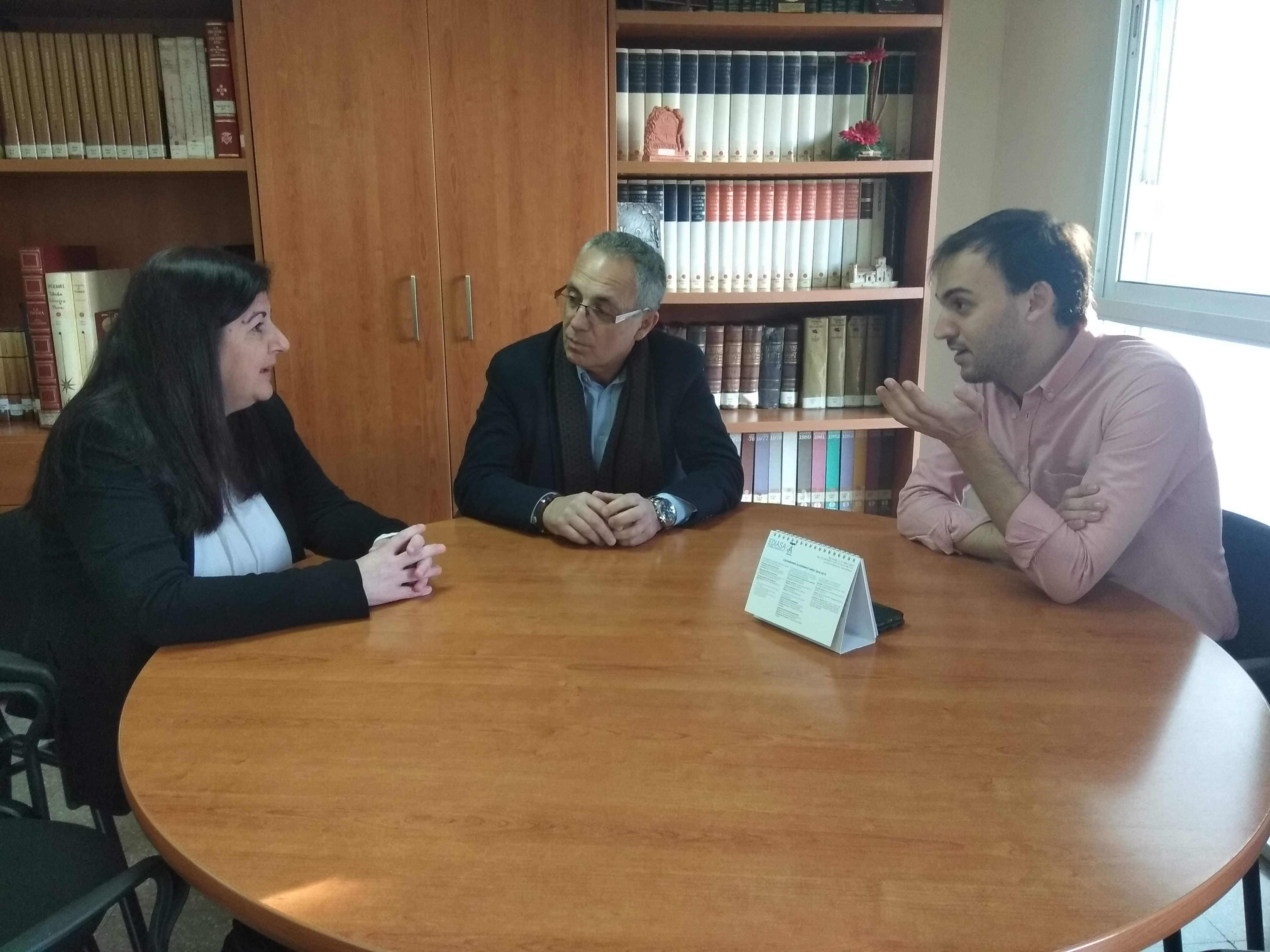 Lozano se compromete con la UNED en sus propuestas y acciones electorales