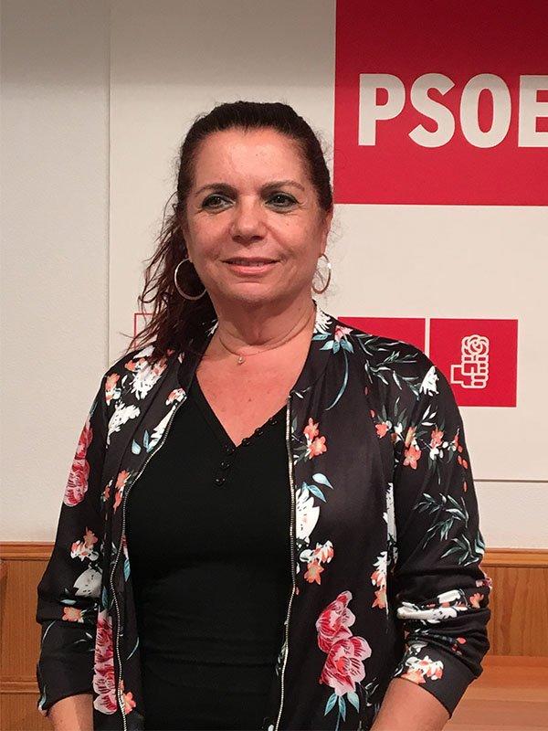 ejecutiva_0002_Paqui Pizarro