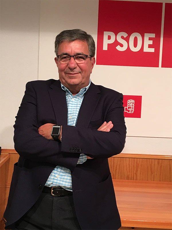 ejecutiva_0010_Juan Antonio palacios