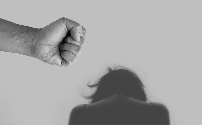 El PSOE exige al gobierno local del PP que no banalice la violencia de género
