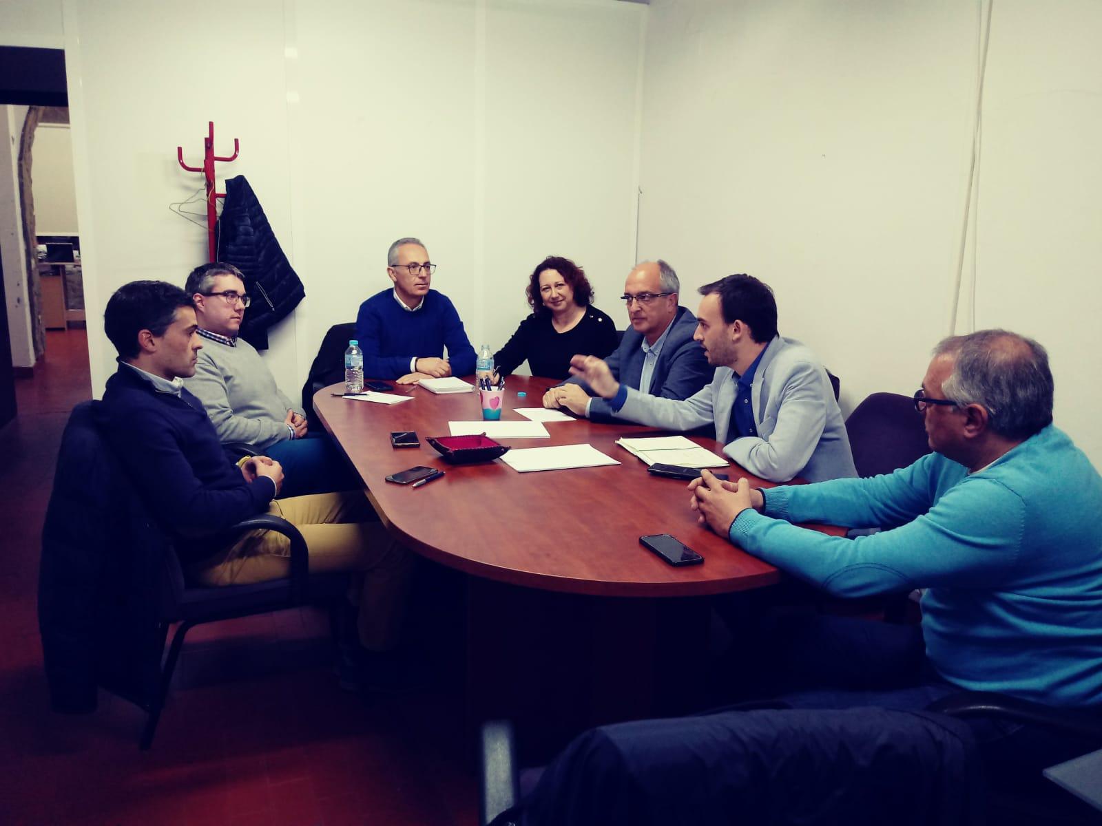 El PSOE exige la homologación de la norma andaluza para facilitar la convivencia entre vecinos y locales de ocio en el centro